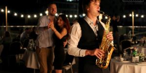 Научиться играть на саксофоне Киев Онлайн Skype